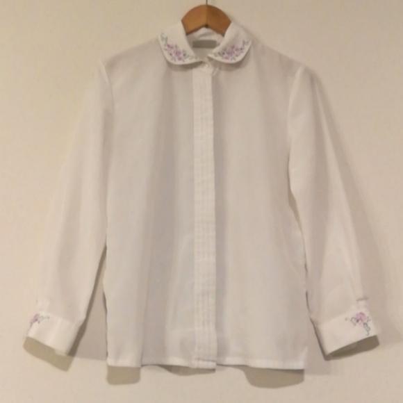 60s 70s vintage Peter Pan collar  Heart Print White Lace blouse   Jabot front Romantic  See through transparent blouse  size Large to XL